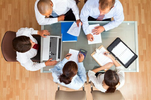 What's are the keys to building a high performing leadership team?